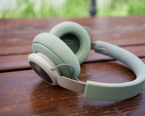 B&O Beoplay H4 - recenze